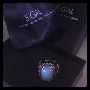 Ladies Sigal ring
